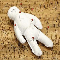 amarres de amor con muñeco vudu